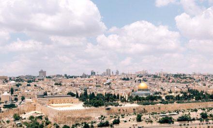 Resta chiuso a Gerusalemme il Santo Sepolcro