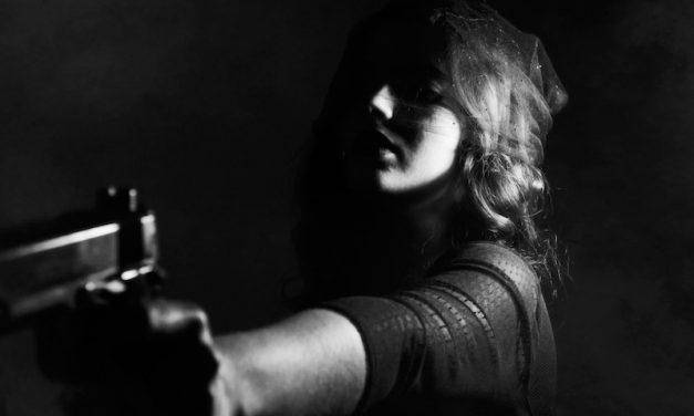 Lo confesso, io sono un pistola…