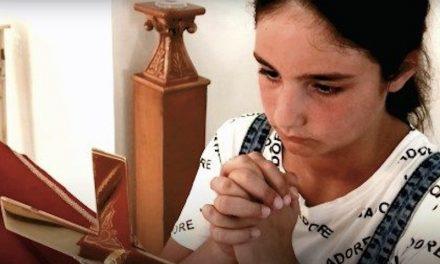 Una Preghiera, un Paese ed una Bambina
